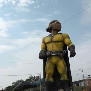 super-tinga-heroi-de-dois-continentes-porto-alegre